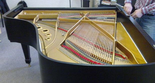 Stěhování klavírů a pian