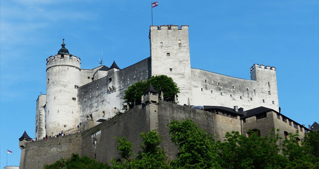 Stěhování hradů a zámků